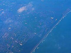 鹿児島空港へ JAL649便    70/   14