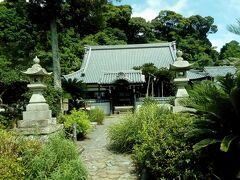 帰りに、能満寺というお寺によりました。小山城のすぐ近くです。