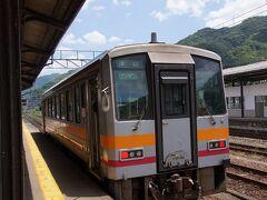 新見の町を見たので、いよいよ姫新線に乗って帰ります。