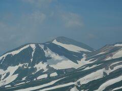 大雪山の主峰、旭岳をじっくり眺め