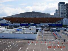 テニスの森駅から東を見ると有明体操競技場。 https://olympics.com/tokyo-2020/ja/venues/ariake-gymnastics-centre