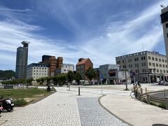 門司港に到着しました~! このレトロな雰囲気の街並みが良いですね。 ぶらっと観光するにも街がコンパクトですし。