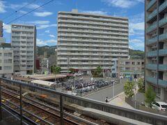 お好み焼き「みっちゃん」 正面の建物1階にあります。