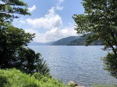 チェックアウト後、キャンプ場周辺を散策。まさに芦ノ湖湖畔にあったのだと改めて認識。