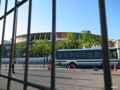 7/31  今日は、陸上あるから、プレスの人とかバスで来てる。
