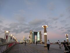 いい感じな空の夢の大橋。