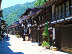 奈良井駅側を背にして見た宿場町
