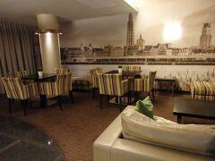 アントワープでの宿泊ホテル・アストリアでの朝食タイムは7:00~10:00