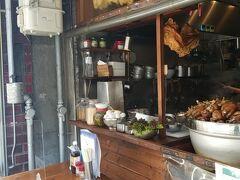 はてなに行こうと思ったら閉まっていたので龍多風亜でタイ料理。