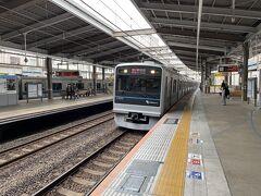 小田急小田原線で更に西へ。秦野駅に向かいます。
