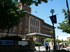 お次はすぐの県庁に この日本大通り周辺は 歴史ある建物が沢山あり 雰囲気が好きだな ここはキングと呼ばれる塔