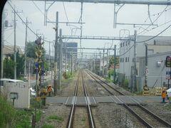 座席が半分くらい埋まって、定刻が来て高崎駅を出発。 途中の渋川駅までは上越線を走る。