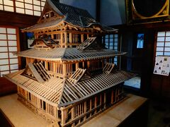 資料館を見学してから、宇和島城へ。