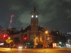 雨が降ってきたので、散策終わり~!ホテルに戻る途中に1枚。横浜3塔のひとつ、「横浜市開港記念会館(ジャック)」。不気味に見える(;・∀・)www
