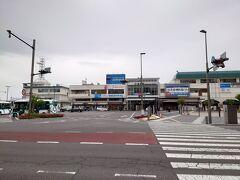 朝食後、身支度を整えて松本駅へ。  パッとしねえ天気だなぁ(笑) まあいいや、行きましょう。