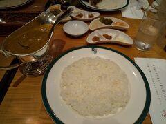 新宿中村屋のインドカレーをうん十年ぶりに食べる