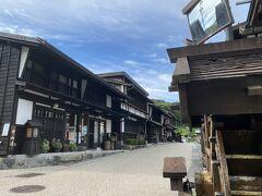 昨日も来た古い町並みのエリアに来ました。