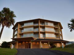 JRホテル屋久島に到着。 夕陽に映える。  今日は素晴らしい一日になりました。