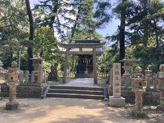 途中にある天橋立神社 社務所とかそういう人がいそうなところはなし ひっそりと 八大龍王をお祀りされている恋愛成就のパワースポットとして人気の神社