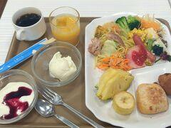 おはよーございまーす!(^o^) 石垣島旅行も最終日となりました。帰りの飛行機は、19:00発の直行便です。飛行機に乗る人は、当日は潜れない決まりなので、1日フリーです。午前中はショッピング、午後からは「海釣り」を予定してまーす♪