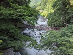 こちらも川の水は澄んでおり、山のチカラを感じます。