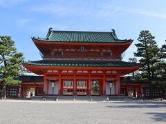 平安神宮  桓武天皇の平安遷都1100年祭を記念して創建された神宮