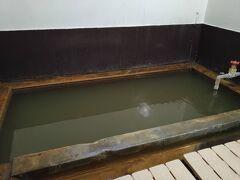 今日は民宿たんぽぽに素泊まり。温泉がある民宿です。