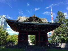 立派な朱塗りの門。徳川秀忠の霊廟の惣門だったそうです。