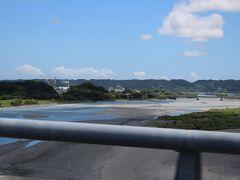 新東名高速道路 正午過ぎ、大井川を渡りました。
