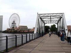 結果的に、汽車道も歩けて… この旅は、みなとみらいを中心に、ちょっとしたお散歩のようなスポットを幾つか楽しめたので面白かったわ。 いつになく、今の横浜を満喫できた感じで、旅って普通に知らない街を歩くだけで楽しいもんなんだ…と再認識して。