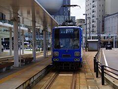 やっと福井駅につきました。 武生から福井まではJRなら20分のところを福鉄だと1時間です。