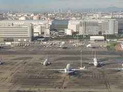 離陸直後の羽田空港~! 飛行機がよく見えますね。