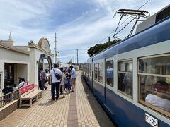 銚子駅から20分ほどで犬吠駅に到着。 乗客のほとんどは自分と同じ観光客で、この駅で降りていきました。