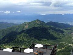 横手山からの眺めは絶景です。