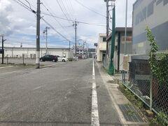 映画前にランチをします。 北高崎駅下車し、テクテク歩く。