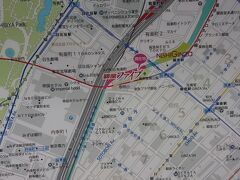 銀座方向へ行くと、銀座ファイブの入口があります。ここからは地下鉄銀座駅が雨に濡れずいける連絡口につながっています。