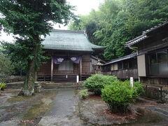 福江の町に戻る前に教会じゃなくて五島最古のお寺、明星院へ