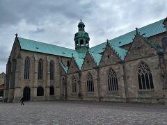 そして、 ユネスコ世界文化遺産に登録の教会 1 聖マリア大聖堂