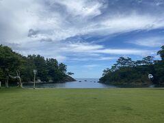 海です! 城山公園ベビービーチ  名勝 高浜八穴(やな、って読むんですって)を見ようと思っていたのですが、ちょっと暑すぎます。
