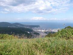 天狗山からは小樽市街が良く見えるので、お願いして立ち寄ってもらったのです。