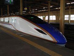 大宮で撮り忘れたから。北陸新幹線と同じ車両