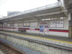 新桐生駅に停車。 JRの桐生駅とは結構離れているけど、この駅も桐生の市街地の中で、乗ってくる人が結構多かった。
