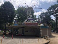 埼玉大会決勝は大宮公園野球場で行われます。 すぐ隣に小さな遊園地がある。