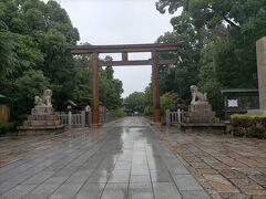 次に訪れたのは堺市にある和泉國の一宮大鳥大社 モノレール、阪急、地下鉄、JRと乗り継いで1時間ほどかかりました。