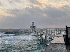 海中展望塔 悪天候のため魚は見えないようなので断念。