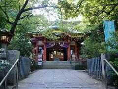 ●芝東照宮  そして木々に包まれた公園の一角に、徳川家康を御祭神とした「芝東照宮」がひっそりと鎮座しており、こちらにもお参りを。