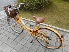ホテルの自転車で安平地区の観光に出かけます。