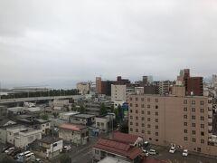 その後はひたすら青森へ向けて車を走らせ、18:00頃「ホテルJALシティ青森」に到着。