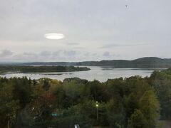 窓からは網走湖がきれいに見えます。
