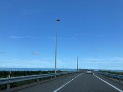 お天気が良く快適なドライブ 昔、輪島に行った時に通った思い出の「千里浜なぎさドライブウェイ」を走りたかったけど、この時は通行不可でした。